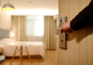 Useful Tips to Find the Right Insurance Broker for Your Hotel Business